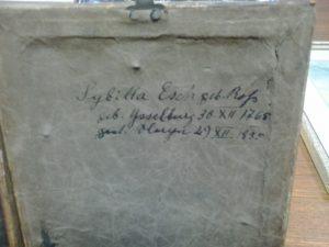 Inschrift weibliche Miniatur